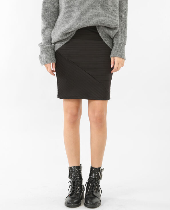 Minifalda con relieve negro