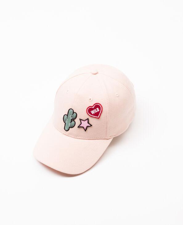 Cappellino con patch rosa