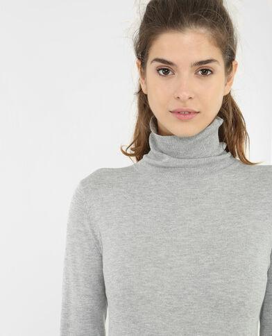 Vestido tipo jersey de cuello alto gris
