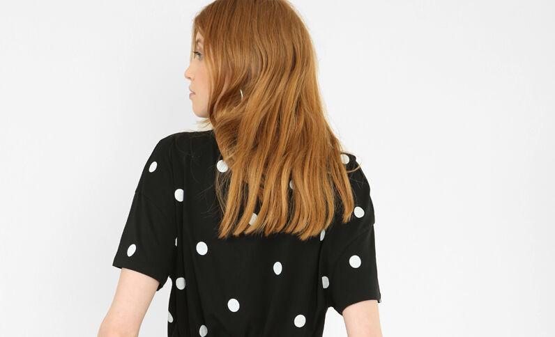Camiseta de lunares negro