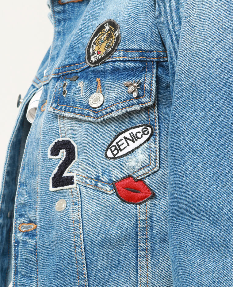 jeansjacke mit patches blau 325124681a06 pimkie. Black Bedroom Furniture Sets. Home Design Ideas