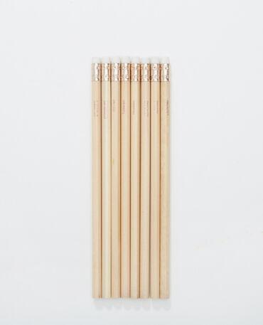 Lot de 8 crayons de bois beige