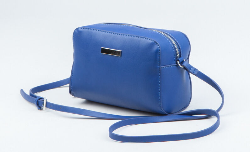 Sac boxy bleu électrique