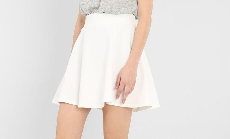 Falda de patinadora crudo