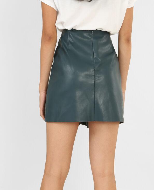 Falda de polipiel azulón