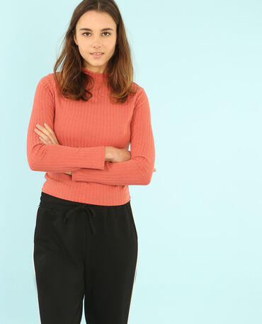 T-shirt cropped col montant rose