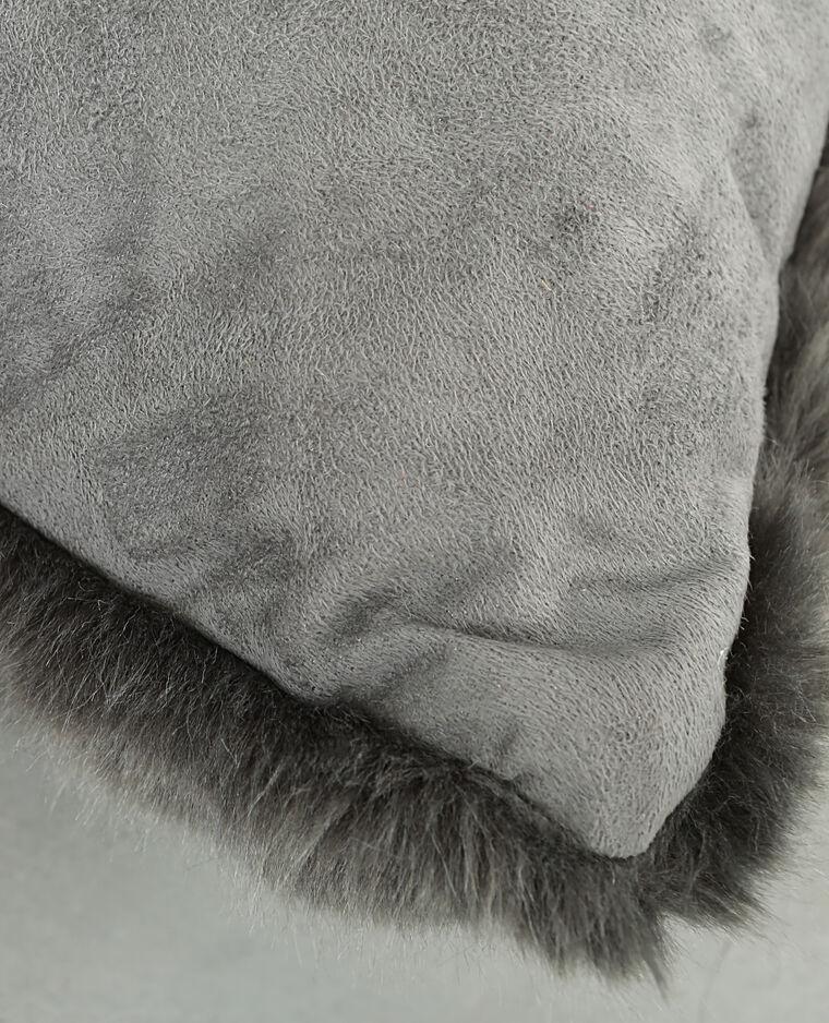 Coussin fausse fourrure gris