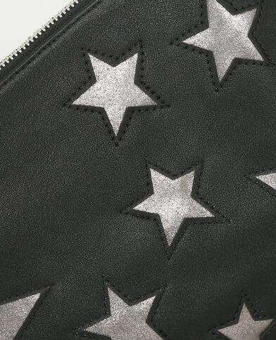 Bolso tipo sobre con motivos de estrellas negro