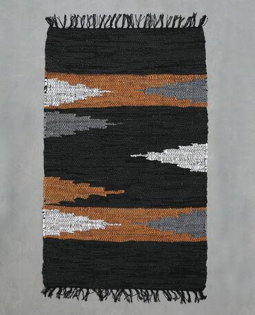 Tapis tissé en croûte de cuir noir