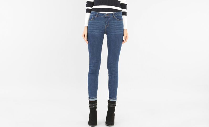 Jeans skinny azul oscuro