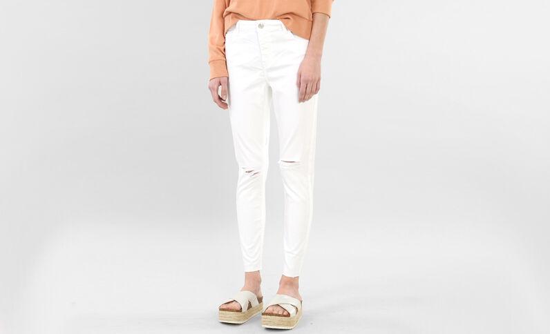 Skinny destroyed jeans wit