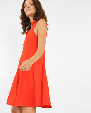 Robe patineuse col choker rouge