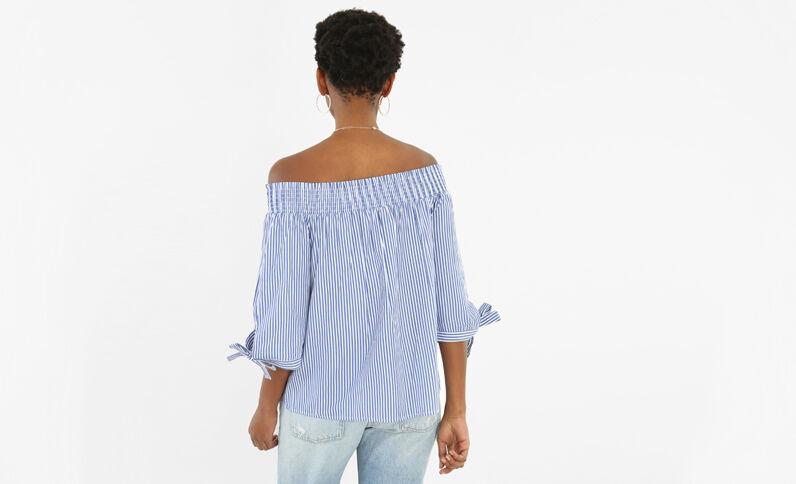 Gestreepte blouse met gesmokte hals gebroken wit