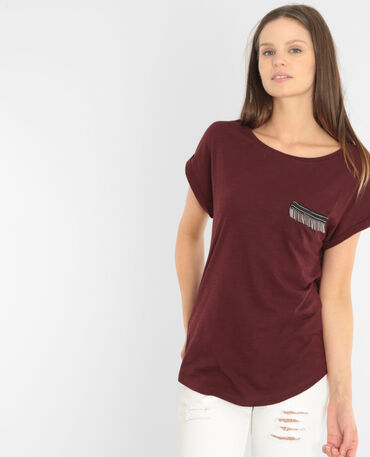 T-Shirt mit verspielter Tasche Granatrot