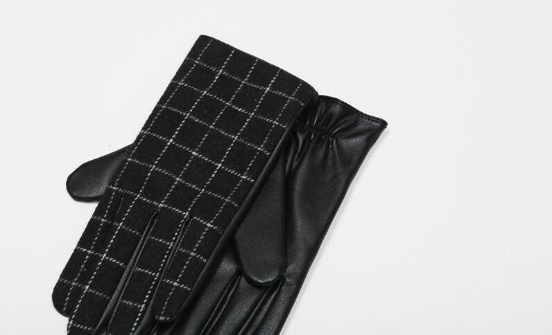 Gants bimatière à carreaux noir