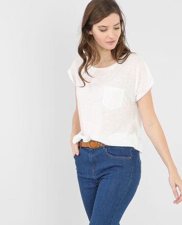 Camiseta básica con bolsillo marfil