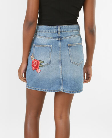 Falda denim bordada azul