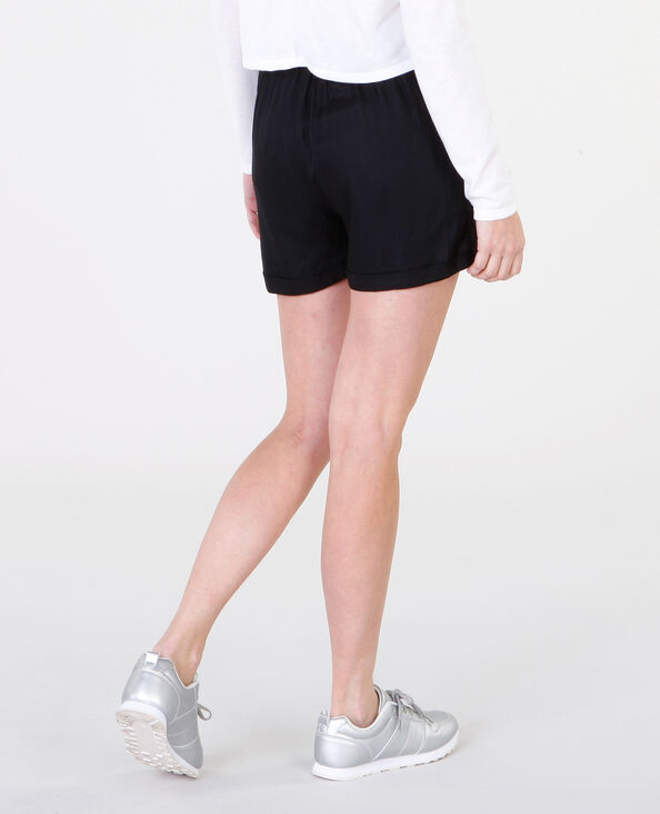 Fließende Shorts mit Gürtel Schwarz