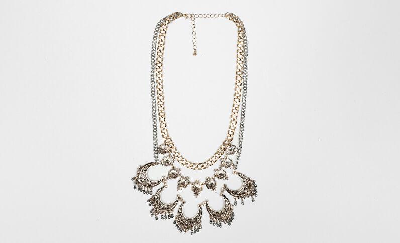 Halskette im orientalischen Stil Gold