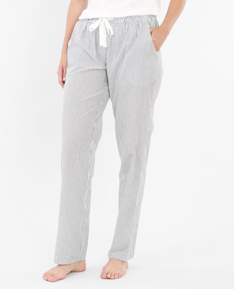 Parte inferior de pijama blanco
