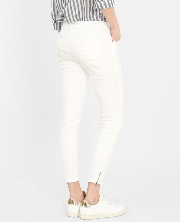 Skinny zippé blanc cassé