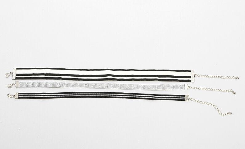 Set elastische Choker-Halsbänder Silberig