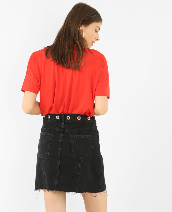 T-shirt col choker à œillets rouge