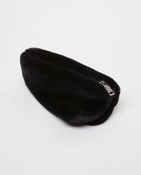 Trousse en fausse fourrure noir
