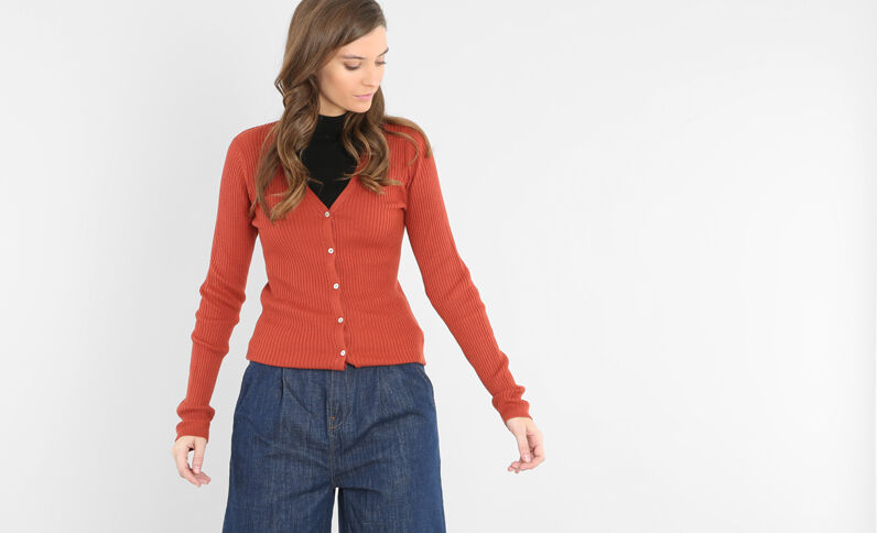 Cardigan a coste rosso