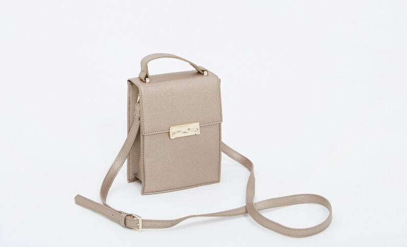Kleine Handtasche aus festem Material Silber
