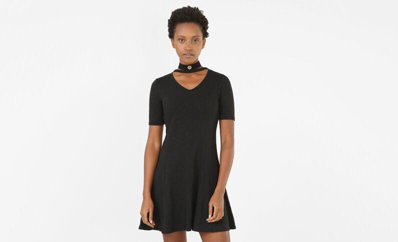 Robe trapèze col choker noir