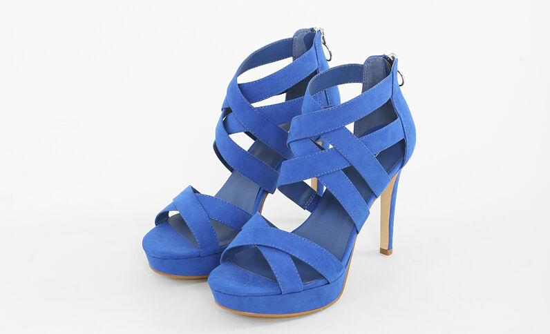 Sandalias azules de tacón alto azul