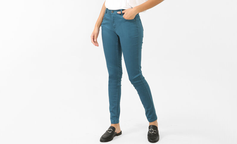"Skinny-Hose ""Push up"" Türkisblau"