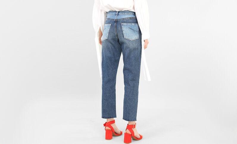 Zweifarbige Mom-Jeans Denimblau