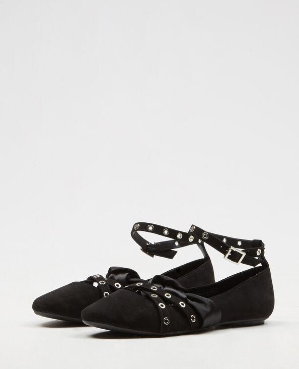 Ballerine con cinturini e fiocco in satin nero