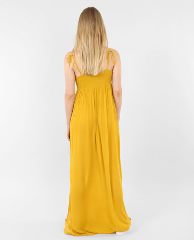 Robe longue à volants jaune moutarde