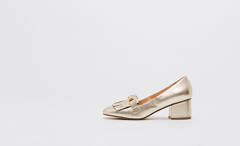 Pumps mit Fransenpatte Gold