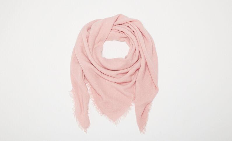 Fine écharpe à franges rose pastel