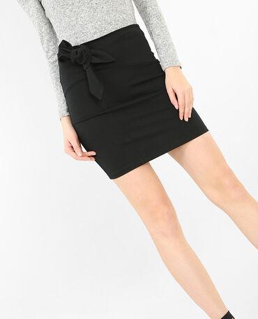 Mini jupe avec nœud noir