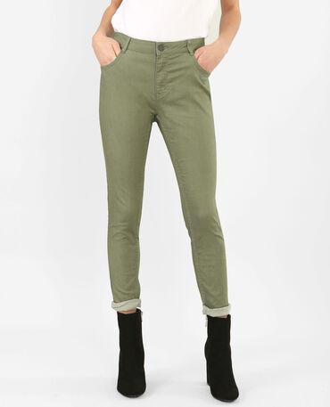 Pantalón slim verde