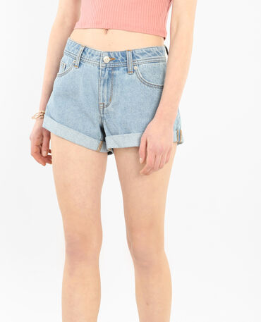 Short denim à revers bleu ciel