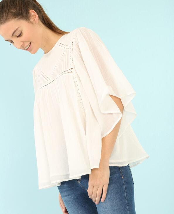Blusa bordada color crudo marfil