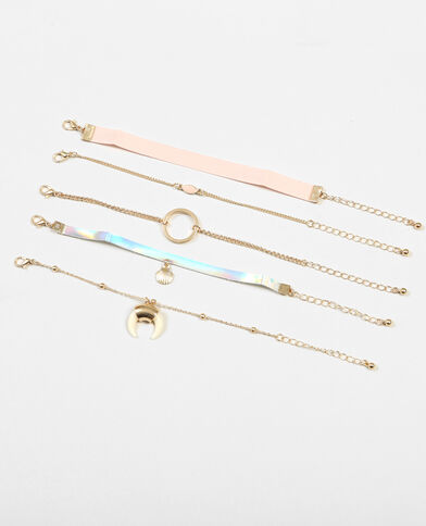 Set met 5 armbanden goudkleurig