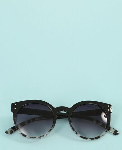 Gafas redondas ojos de gato negro