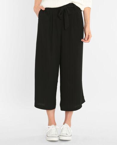 Pantalón culotte con cinturón negro