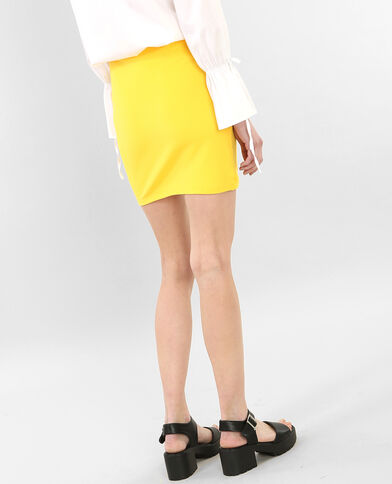 Minifalda bodycon mostaza