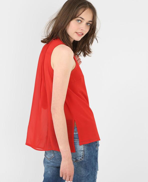 Blusa vaporosa sin mangas rojo