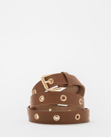 Cinturón marrón con ojetes caramelo