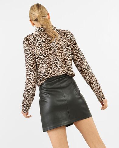 Camisa leopardo. caramelo