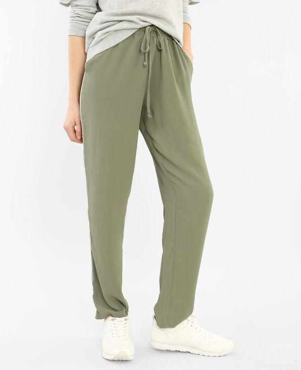 Pantalones jogging amplios con bandas verde